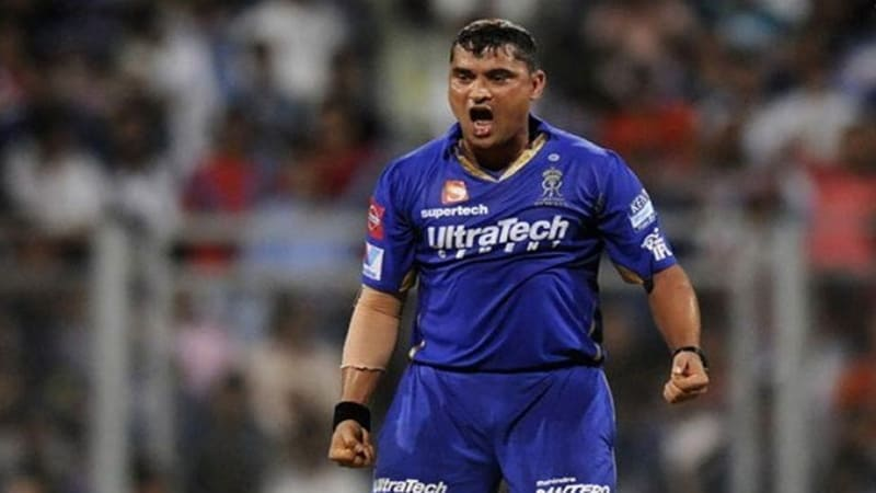 RR Blows Away RCB In Just 28 Overs