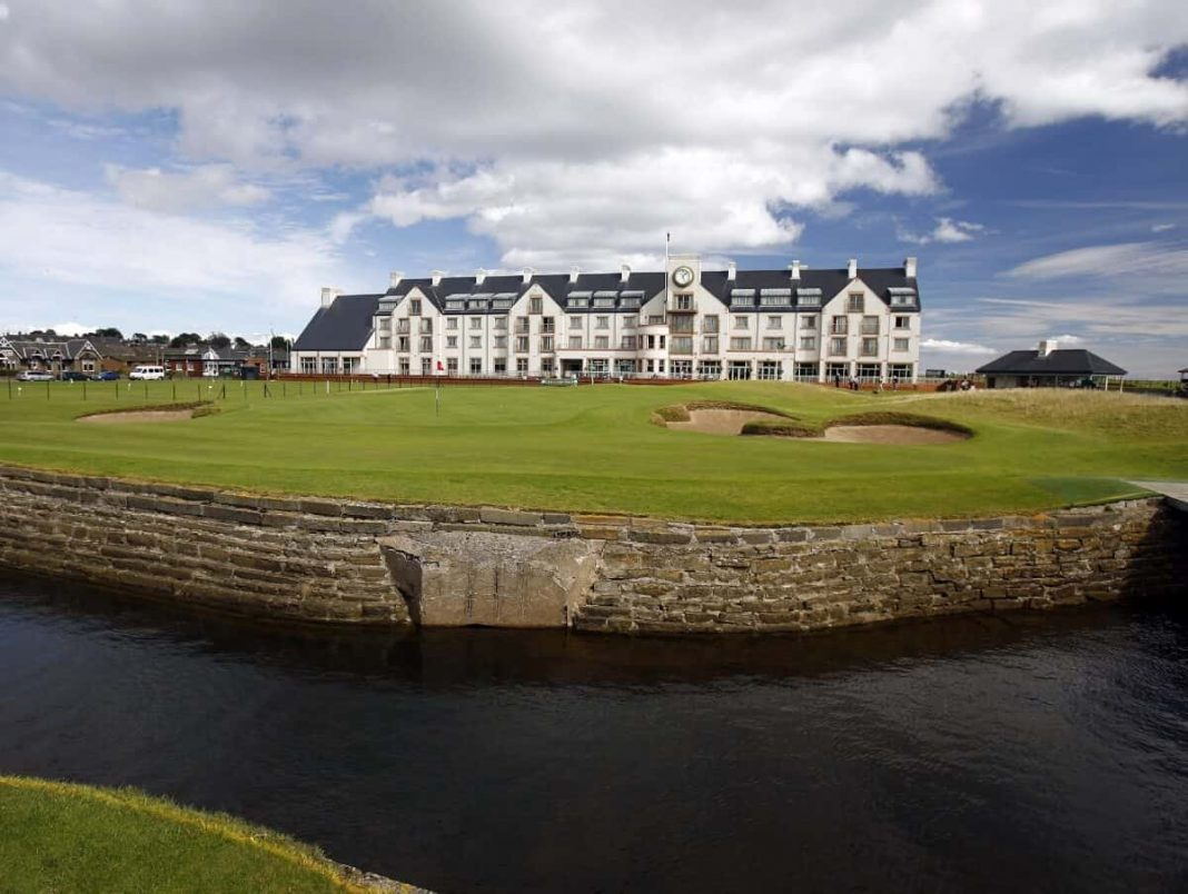 All about Carnoustie Golf Links Golf Course